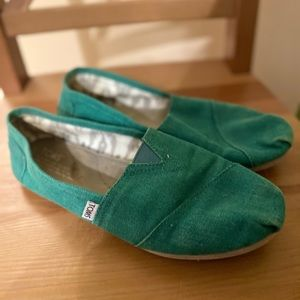 Classic teal TOMS